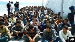 Ilegalni useljenici u Pireju