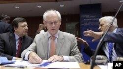 Το πακέτο βοήθειας προς Ελλάδα βασικό θέμα συζήτησης στην Ευρώπη