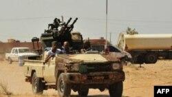 НАТО продлевает операцию в Ливии на три месяца