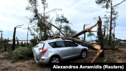 Scena posle oluje u selu Sozopoli
