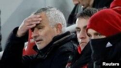 Reaksi Jose Mourinho saat menyaksikan laga antara Liverpool vs Manchester United di Stadion Anfield, Liverpool, Inggris,16 Desember 2018.