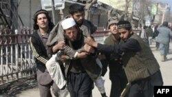 Afganistan'da Kuran Yakılmasına Tepki Kontrolden Çıktı