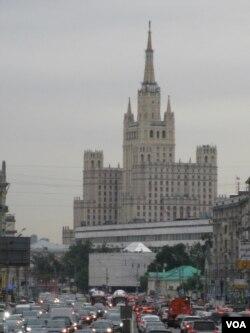 莫斯科的救世主大教堂。俄罗斯外交将更重视宣传和输出俄罗斯价值观。(美国之音白桦拍摄)