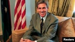 کریستوفر استیونس، سفیر آمریکا در لیبی بود که در سال ۲۰۱۲ در حمله اسلامگرایان همراه با سه کارمند سفارت آمریکا کشته شد.