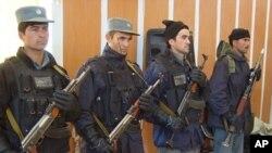 داخله وزارت: د محلي پولیسو په جوړولو کې دقت زیاتوو