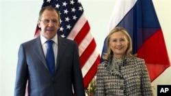 Сергей Лавров и Хиллари Клинтон.Архивное фото.