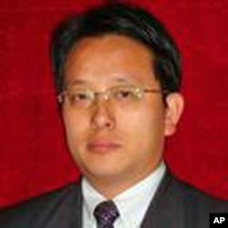 接受陳克貴家屬委托的志願律師劉衛國
