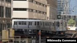 "Salah satu alat transportasi publik di Chicago, yang dikenal dengan sebutan ""L"" atau ""El"" (Foto: dok)."