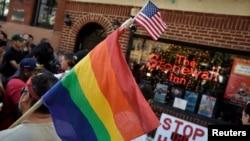El Primer Monumento Nacional Stonewall en honor a la comunidad LGBT incluye el icónico bar gay Stonewall Inn en Nueva York.