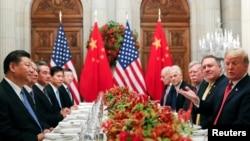 美国总统特朗普与中国国家主席习近平在布宜诺斯艾利斯共进晚餐。(2018年12月1日)