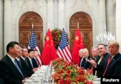 美国总统特朗普与中国国家主席习近平2018年12月1日在布宜诺斯艾利斯共进晚餐