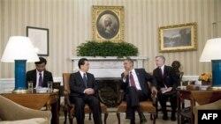 Tổng thống Obama (phải) hội đàm với Chủ tịch Hồ Cẩm Ðào tại Tòa Bạch Ốc