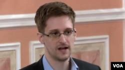 Mantan kontraktor badan keamanan nasional Amerika (NSA) Edward Snowden yang kini menjadi buron (foto: dok).
