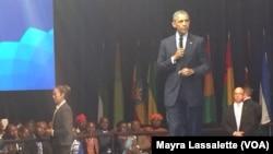 Obama em conversa com jovens líderes africanos