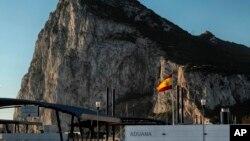 El borrador de las directrices de negociación elaborado por la Unión Europea señala que, tras el Brexit, cualquier acuerdo entre Gran Bretaña y el bloque que se aplique a Gibraltar tendrá que ser acordado por Londres y Madrid.