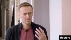 Lãnh tụ đối lập thường chỉ trích điện Kremlin, ông Alexei Navalny, trong một cuộc phỏng vấn ở Berlin.