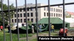 Brandenburg eyaletindeki Eisenhuettenstadt, kentinde bulunan mülteci kampı.