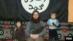 """ლევან ტოხოსაშვილი იგივე """"ალ ბარა პანკისი"""" შვილებთან ერთად სირიაში"""