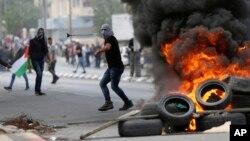 Продолжаются столкновения палестинцев и военнослужащих армии Израиля. Вифлеем. 14 мая 2018 г.