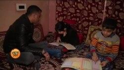 کشمیر: تعلیمی ادارے کھل گئے مگر بیش تر طلبہ غائب