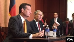Republican presidential candidate Sen. Ted Cruz, R-Texas, left, and Texas Gov. Greg Abbott, speak about the resettlement of Syrian refugees in the U.S., during their joint news conference on Capitol Hill in Washington, Dec. 8, 2015 (VOA/ M. Bowman).