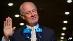 """""""Lo más importante es mantener el actual impulso para poder hablar en el futuro sobre un Gobierno [de unidad], dijo el enviado Staffa de Mistura."""