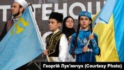 На митинге в День памяти жертв геноцида крымскотатарского народа. Киев, 18 мая 2019 г.