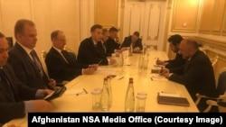 مشاوران امنیت ملی افغانستان و روسیه در شهر سوچی دیدار کردند