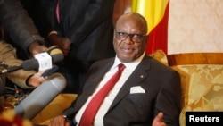 Tổng thống Mali của Ibrahim Boubacar Keita công bố lệnh ngừng bắn tại một buổi họp báo ngày 18/1/2014.