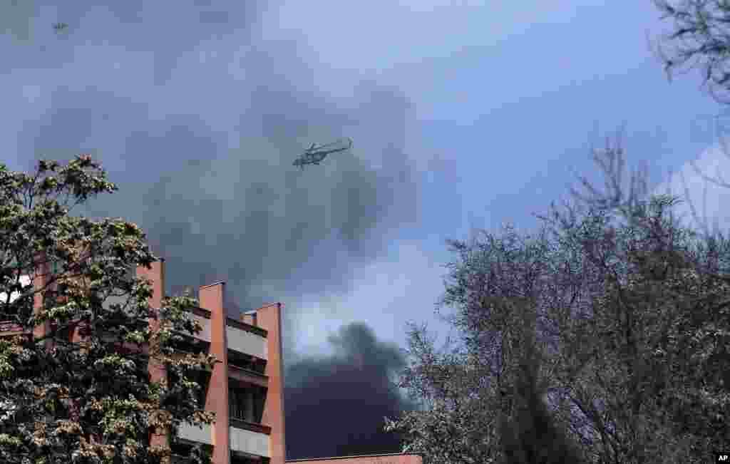 دھماکے کے بعد ہیلی کاپٹر سے فضائی نگرانی کی جا رہی ہے۔