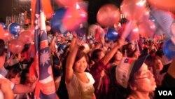 国名党台北市长竞选阵营士气高涨 (美国之音许波拍摄)