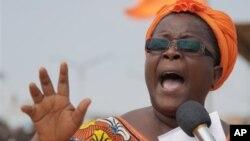 Isabelle Ameganvi, salah seorang pimpinan kelompok aktivis perempuan Togo mengimbau kaum perempuan melakukan aksi mogok seks untuk menggulingkan Presiden Faure Gnassingbé.