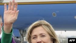 Госсекретарь США Хиллари Клинтон. Бишкек. Кыргызстан. 2 декабря 2010 года