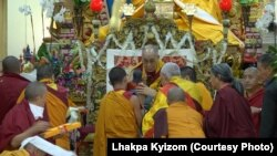 Tibetans of Phenpo and Pema Koe Region of Tibet Offer Long Life Prayer to Dalai Lama Photo Lhakpa Kyizom