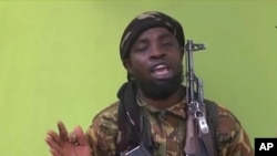 Abubakar Shekau, chef du groupe Boko Haram au Nigeria, délivre un message filmé, 22 mai 2014.