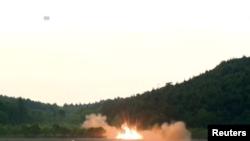 北韓試射導彈