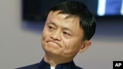 Kepala Alibaba Group China Jack Ma dalam diskusi panel Forum Ekonomi Dunia di Davos, Swiss, 2015. (AP/Michel Euler)