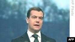 Президент Дмитрий Медведев не исключает своего участия в президентских выборах 2012 года
