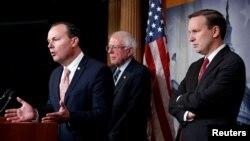 برنی سندرز که یکی از بانیان طرح چنین قطعنامهای در مجلس سنا بود، پس از پایان رایگیری گفت این «لحظهای تاریخی» است.