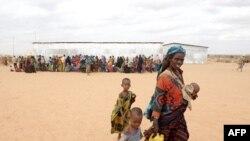 Kızılhaç Somali'ye Dev Gıda Yardımı Başlattı