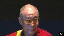 Пекинг протестира поради средбата со Далај Лама