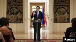 班牙首相拉霍伊向媒體表示西班牙獲得歐盟援助