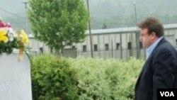 Jonathan Hale u Srebrenici
