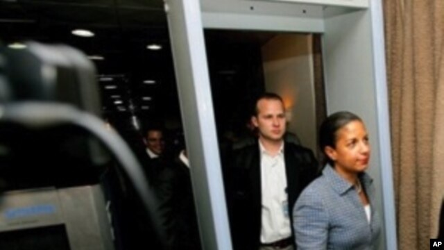 United States ambassador to the United Nations Susan Rice arrives at Khartoum airport on May 21, 2011, as part of an UN Security Council delegation.