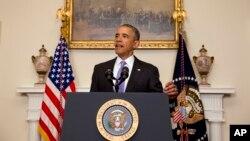 Tổng thống Barack Obama phát biểu về sự kiện Iran phóng thích 5 công dân Mỹ trong Phòng Nội các của Tòa Bạch Ốc ở Washington, ngày 17 tháng 1, 2016.