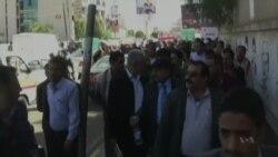 Yemeni Rebels Preach Unity But Stifle Opposition