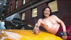 У Нью-Йорку випустили особливий календар, в якому замість моделей – таксисти. Відео