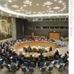 هيلاری کلينتون می گويد شش قدرت جهانی از خواست خود در مورد برنامه اتمی ايران عقب نشينی نخواهند کرد