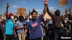 Protesti migranata na ostrvu Lezbos (Foto: Rojters/Alkis Konstantinidis)