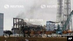 Hayaki kenan a tashar nukiliyar Fukushima da ta lalace